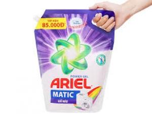Nước giặt ariel matic giữ màu 3,2kg