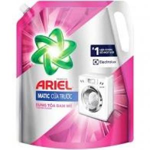 Nước giặt ariel matic khử mùi ẩm mốc